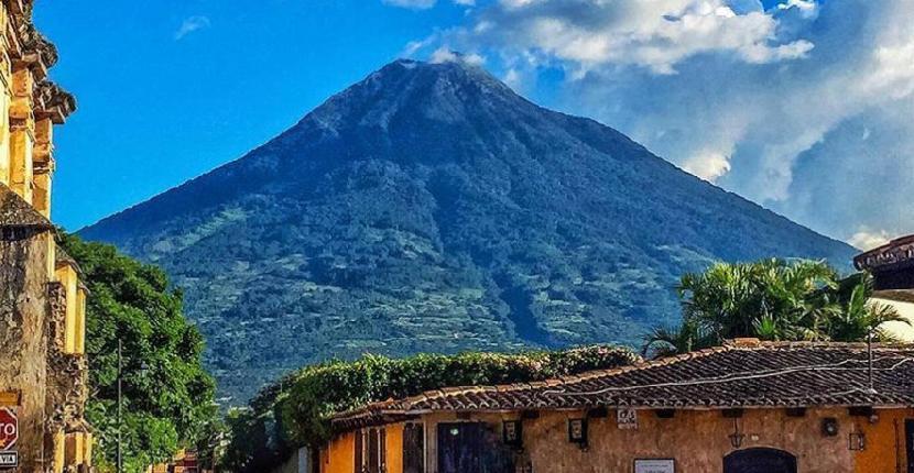 Las erupciones del Volcán de Agua en Guatemala